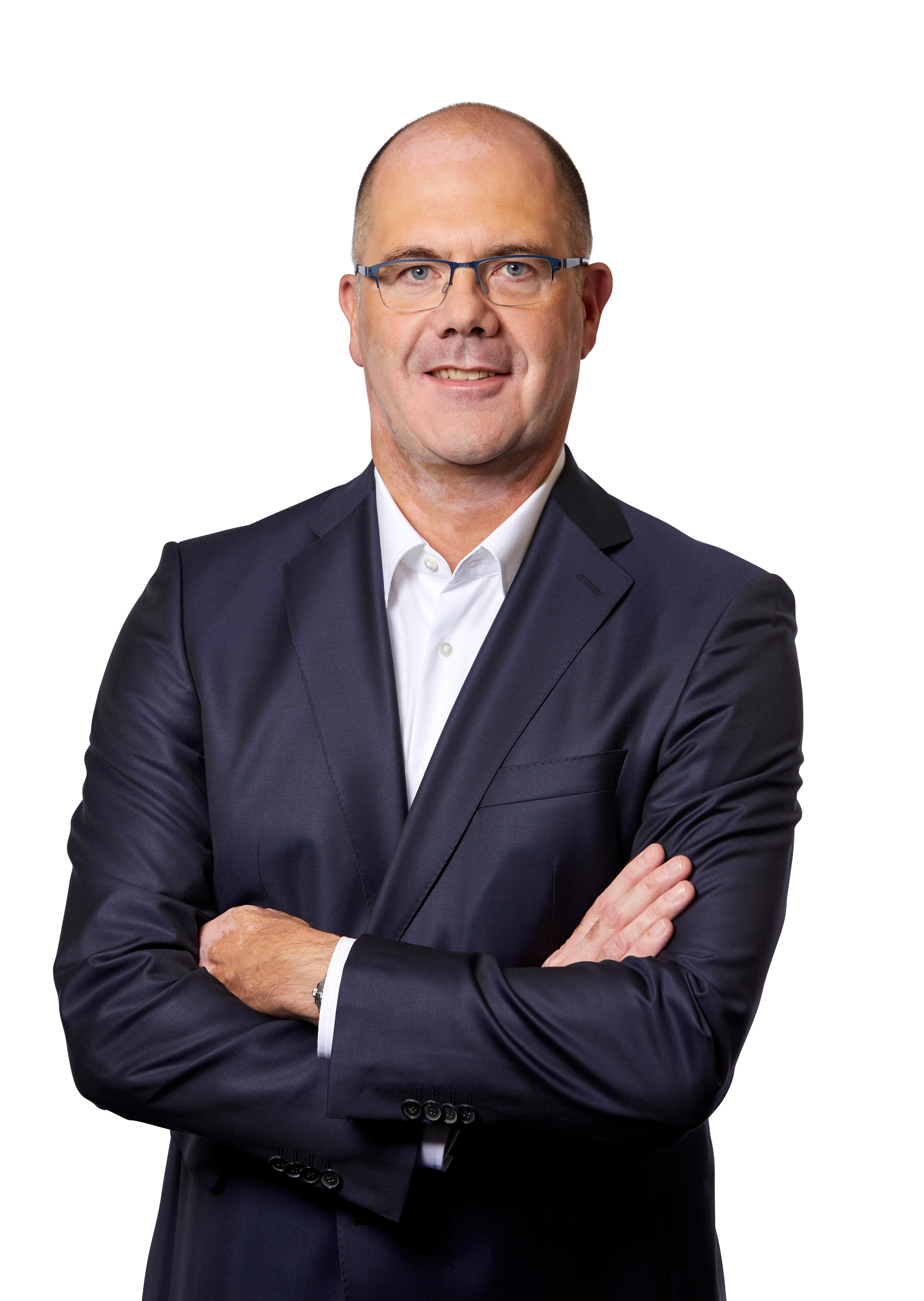 Dr. Stefan Sigg